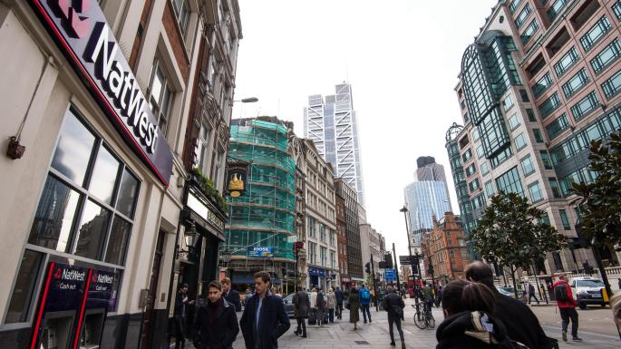 Growth for UK businesses and consumer confidence signalled for 2017